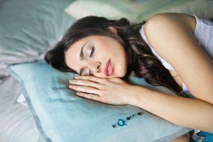 alvási pozíció a párnával